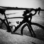 1秒でもはやく目的地に着いて自転車を降りたくなるターマック。何時間でもずっと自転車から降りたくなくなるルーベ。
