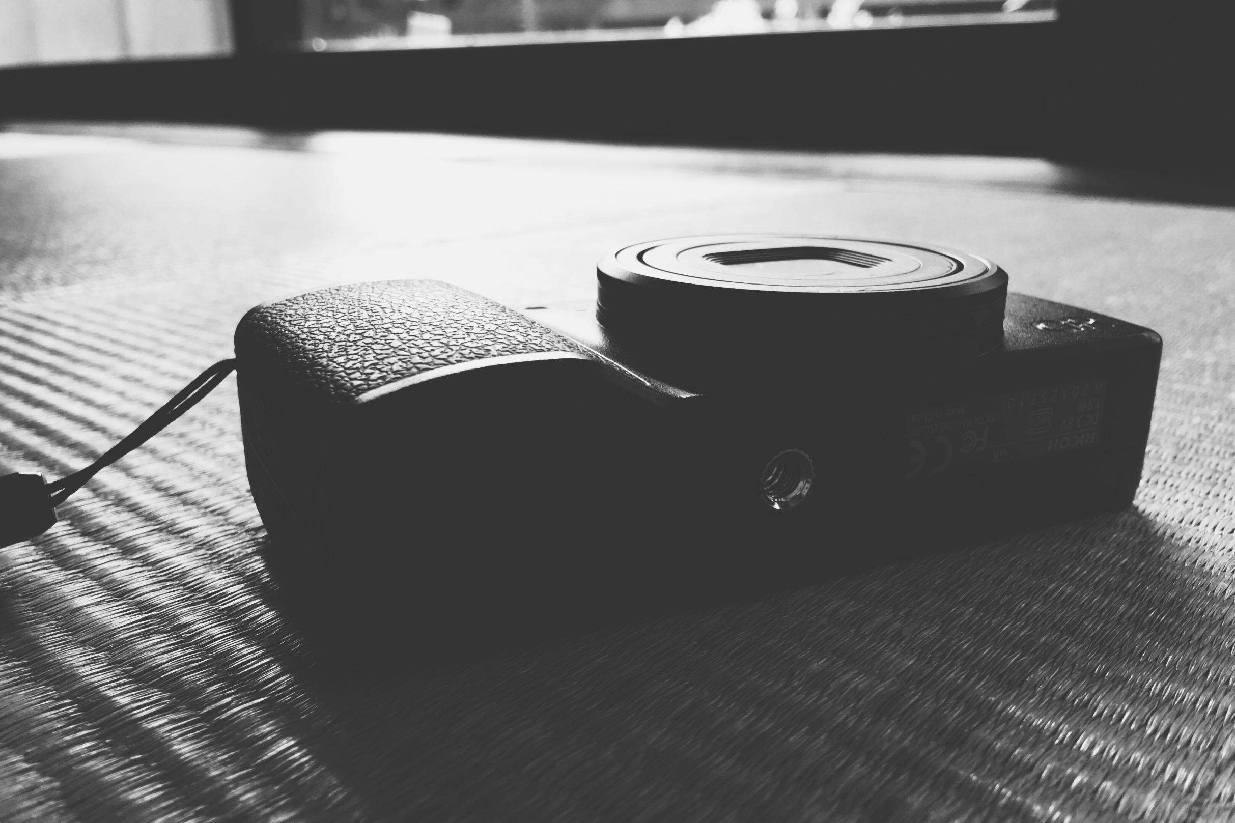 僕が唯一愛用しているカメラアプリが[VSCO]。