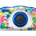 息子に持たせたら明日がちょっと変わるかな。水中も遊べる「Nikon Coolpix W100」。