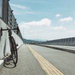 ロードバイクとフィルムコンパクトが週末をおもしろくする。
