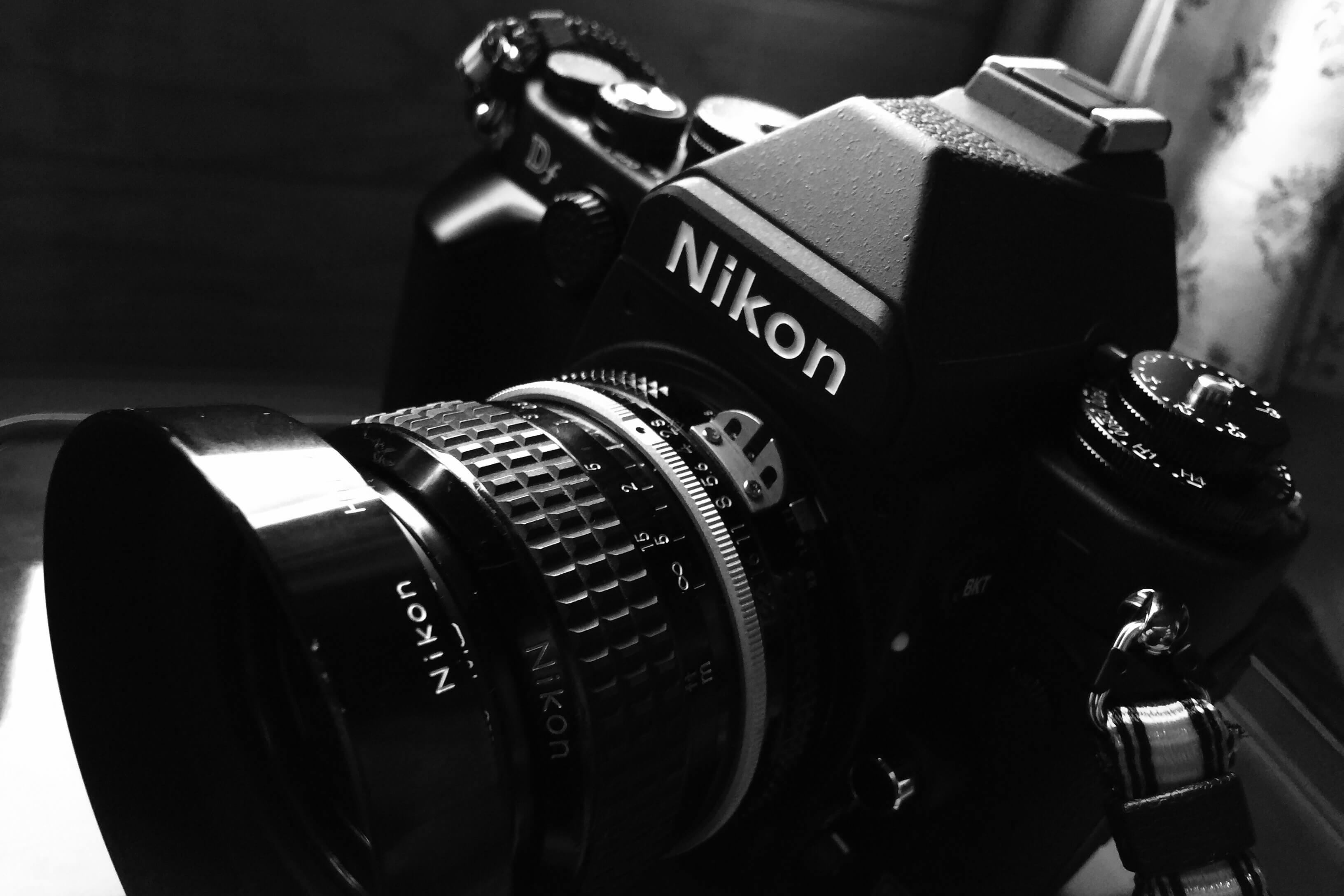 Nikon DfとMF単焦点レンズの組み合わせには、時空を超えた楽しみがある。