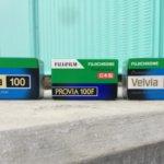 じぶんで撮り比べるしかないと、リバーサルフィルム3種類を購入なり。