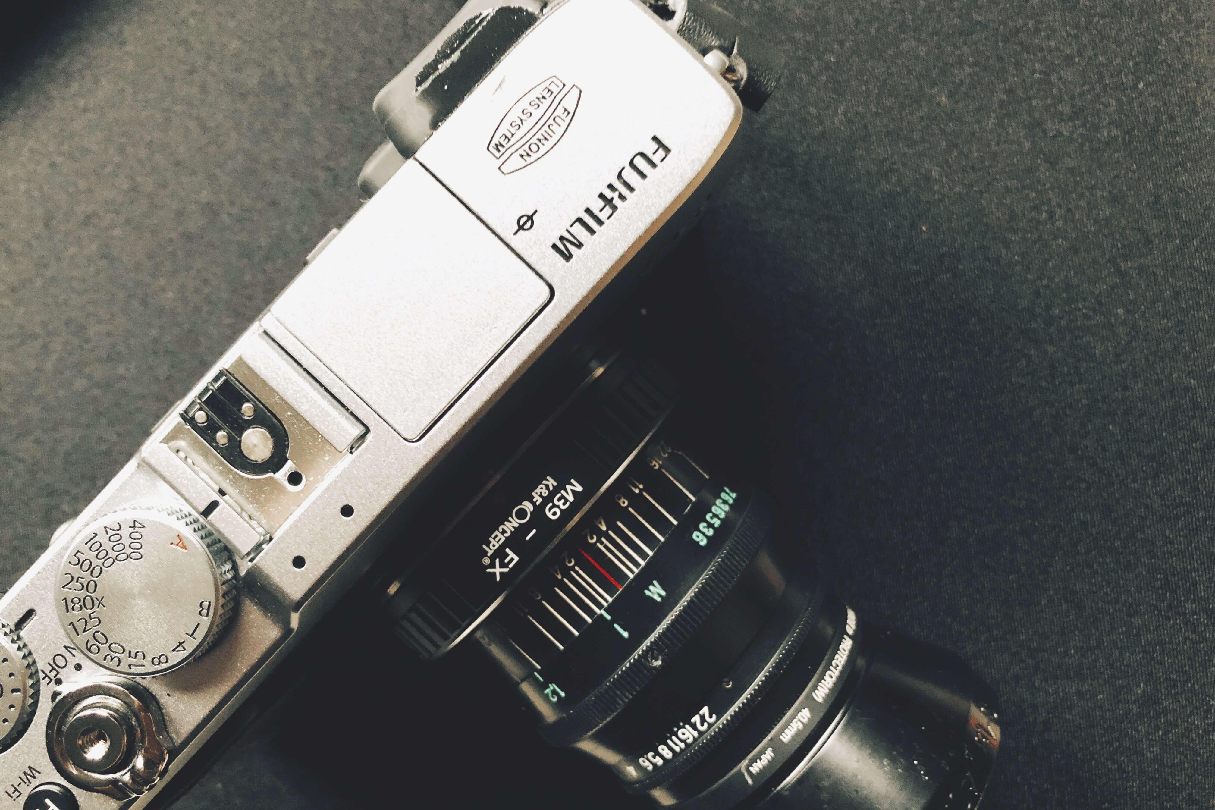 雨の土曜日、ミラーレスX-E2でフィルムシミュレーションを撮り比べてみた。