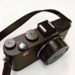 このヒラヒラと飛ぶ感覚はまさにバルナック。小粋なコンデジ Leica X2。